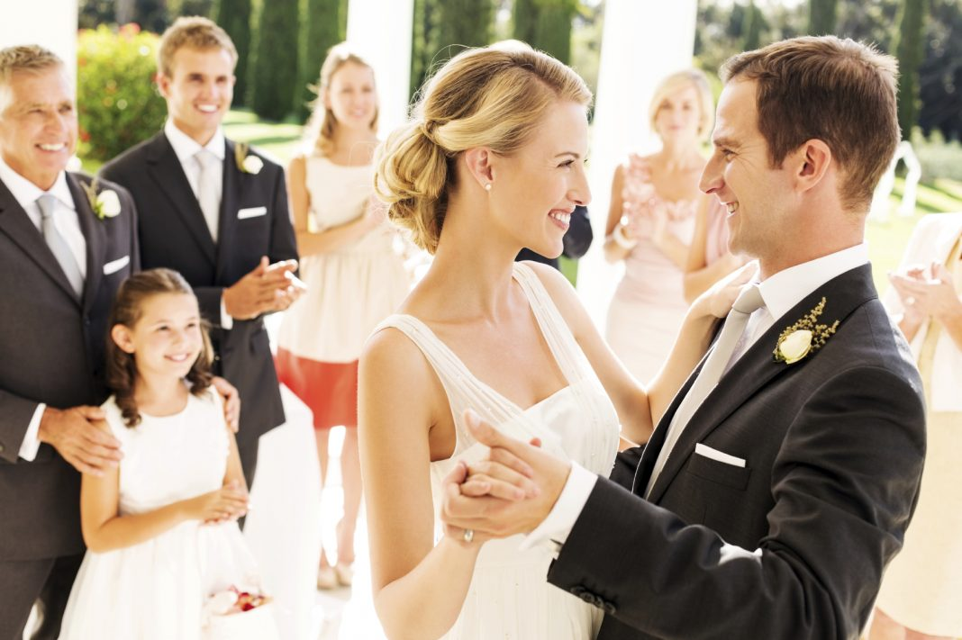 Bảo lãnh định cư Canada theo diện vợ chồng